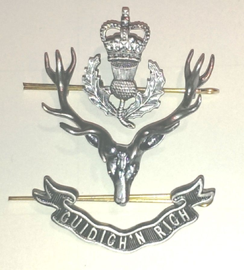 Queen's Own Highlanders Staff Cap Badge