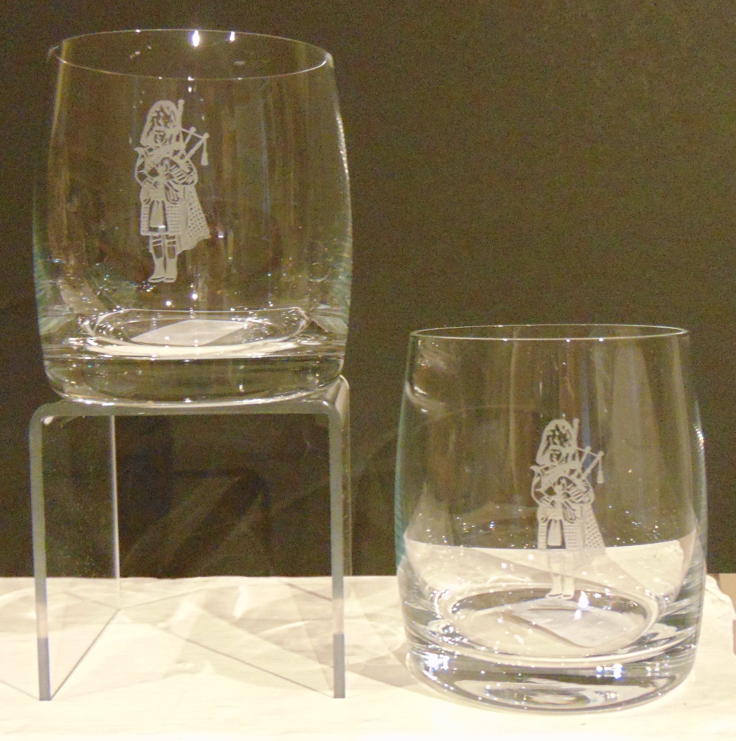 Whisky Glasses Piper set of two